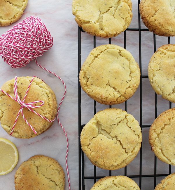 LemonGold<sup>®</sup> & Poppy Seed Crackle Cookies